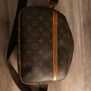 Louis Vuitton Reporter PM Monogram Crossbody